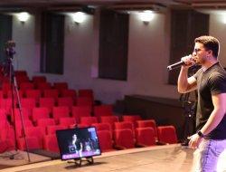 Live Show no Teatro – Vitor Amaral e CH Cantor